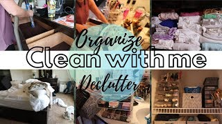 DEEP CLEAN WITH ME || ORGANIZE AND DECLUTTER BATHROOM, DRAWERS, MAKEUP || EXTREME CLEAN WITH ME