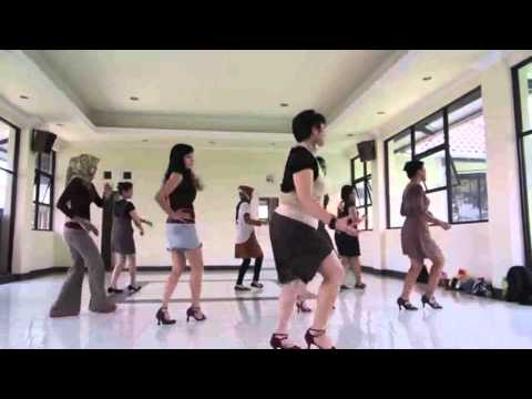 Line Dance - Kopi Dangdut  by Maya Sofia, Yogyakarta