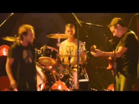 02. Of the Girl - Pearl Jam - São Paulo [14/11/2015] - Multicam