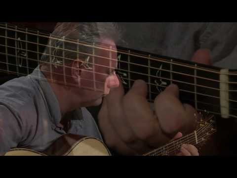 Bach's Prelude in G major performed by Tony McManus