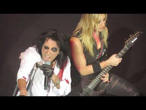 "Alice Cooper ""I'm Eighteen"" - Live @ Salle Pleyel, Paris - 03/12/2017 [HD]"