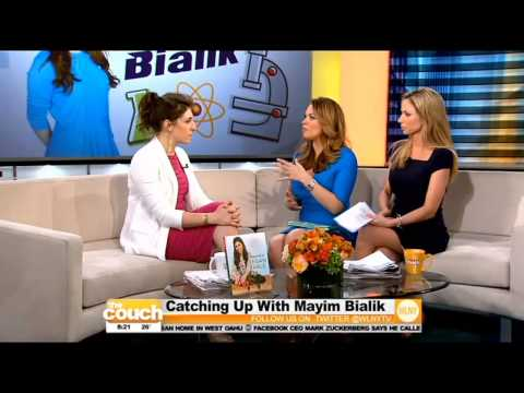 """""""Big Bang Theory"""" Star Mayim Bialik Visits The Couch"""