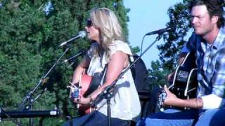 Miranda Lambert-Dead Flowers-at Cause for the Paws