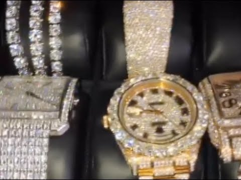 """Gucci Mane """"Shows Off His $3M Jewelry Collection"""""""