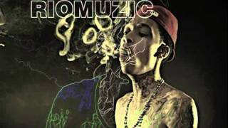 Wiz Khalifa - Mezmorized Instrumental (Riomuzic Version)