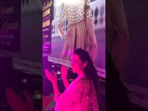 Karishma kapoor Neerus opening in saharaganj mall Lucknow 8 Nov 2017