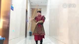 """【TFBOYS 王源】""""王源""""微博「《""""王牌对王牌""""第三季》拜见美猴王!」-Roy Wang"""