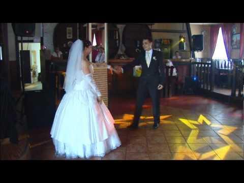Свадебные танцы невесты и жениха