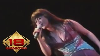 Video Dewi Persik - Bintang Pentas (Live Konser Bengkulu 23 April 2006) download MP3, 3GP, MP4, WEBM, AVI, FLV Agustus 2017