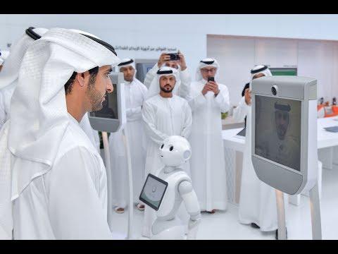 """حمدان بن محمد يدشن """"مركز المستقبل لإسعاد المتعاملين"""" في دبي"""