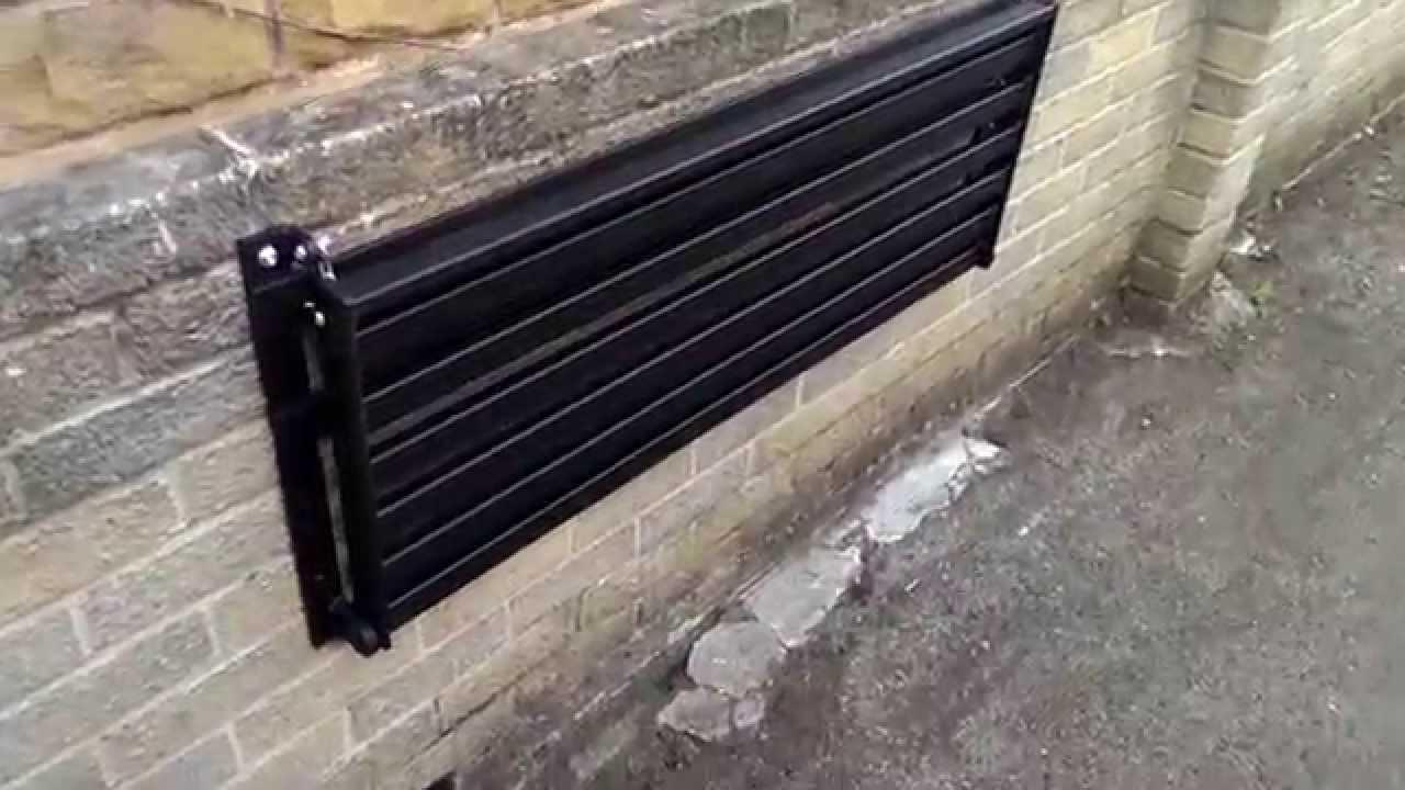 2 Seater Space Saving Wall Mounted Foldable Metal Garden