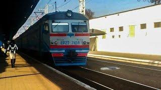 Электропоезд ЕР2Т-7104.