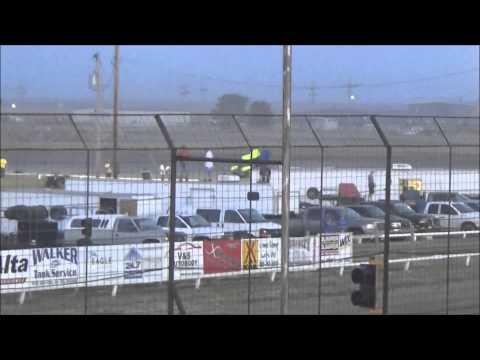 Wakeeney  Speedway 6 28 15