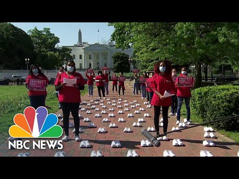 Nurses Hold Protest At White House To Honor Those Who Died Of Coronavirus | NBC News NOW