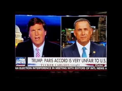 Tucker Carlson takes on Miami Beach mayor Philip Levine who never ever answers 1 specific question