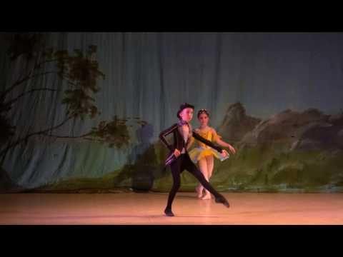 """Детский балет """"Дюймовочка"""". Дюймовочка и Майский Жук"""