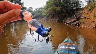 NUNCA CONFIE EM UM MALOQUEIRO COM A MÃO NO BOLSO...  Pescaria!