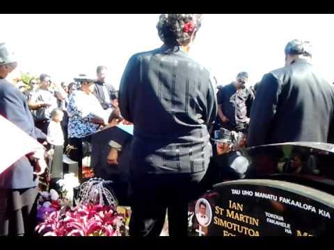Imene Tuki at Papa Arakuas Funeral
