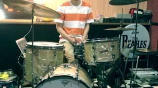 最近60'sを聴き漁っていて ホリーズ最高に気に入りました。 ドラムがか...