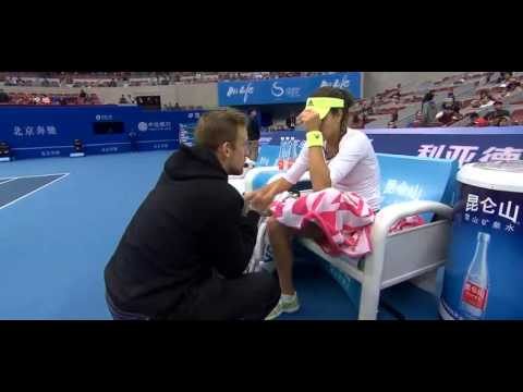 Ana Ivanovic and Andrew Bettles on- court coaching