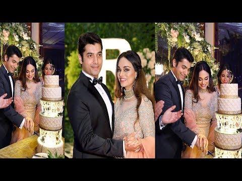 TV Actor Sharad Malhotra And Ricpi Bhatia Host A Grand Wedding Reception In Kolkata