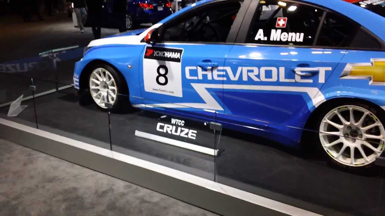 Chevy Cruze race car - YouTube