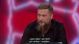 Magnus Betnér trycker till Joakim Lamotte i Parlamentet thumbnail