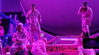 Ariana Grande - 7 Rings (BBMAs 2019 Performance Live) (Sweetener World Tour, Vancouver) Video