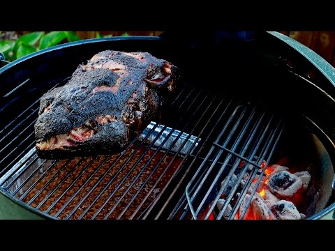How to Smoke a Pork Butt. This BBQ Pulled Pork Recipe is Delicious!