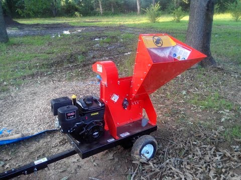 DR Wood chipper - 16.5 self feeding review and first use