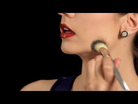Makeup Tips: How to Apply Liquid Foundation
