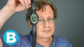 Deze smartwatch met 2 schermpjes heeft een enorme accuduur