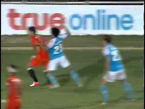 ดูบอลสด ไฮไลท์ฟุตบอลไทยพรีเมียร์ลีก 2013 พัทยา ยูไนเต็ด 1 - 2 ราชบุรี มิตรผล เอฟซี