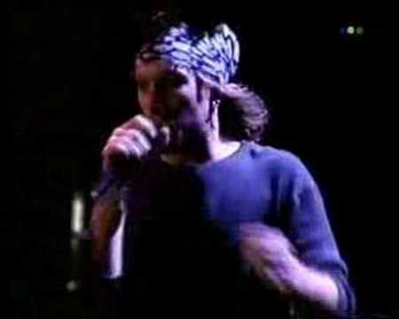 Bon Jovi - In these arms (live) - 13-11-1993