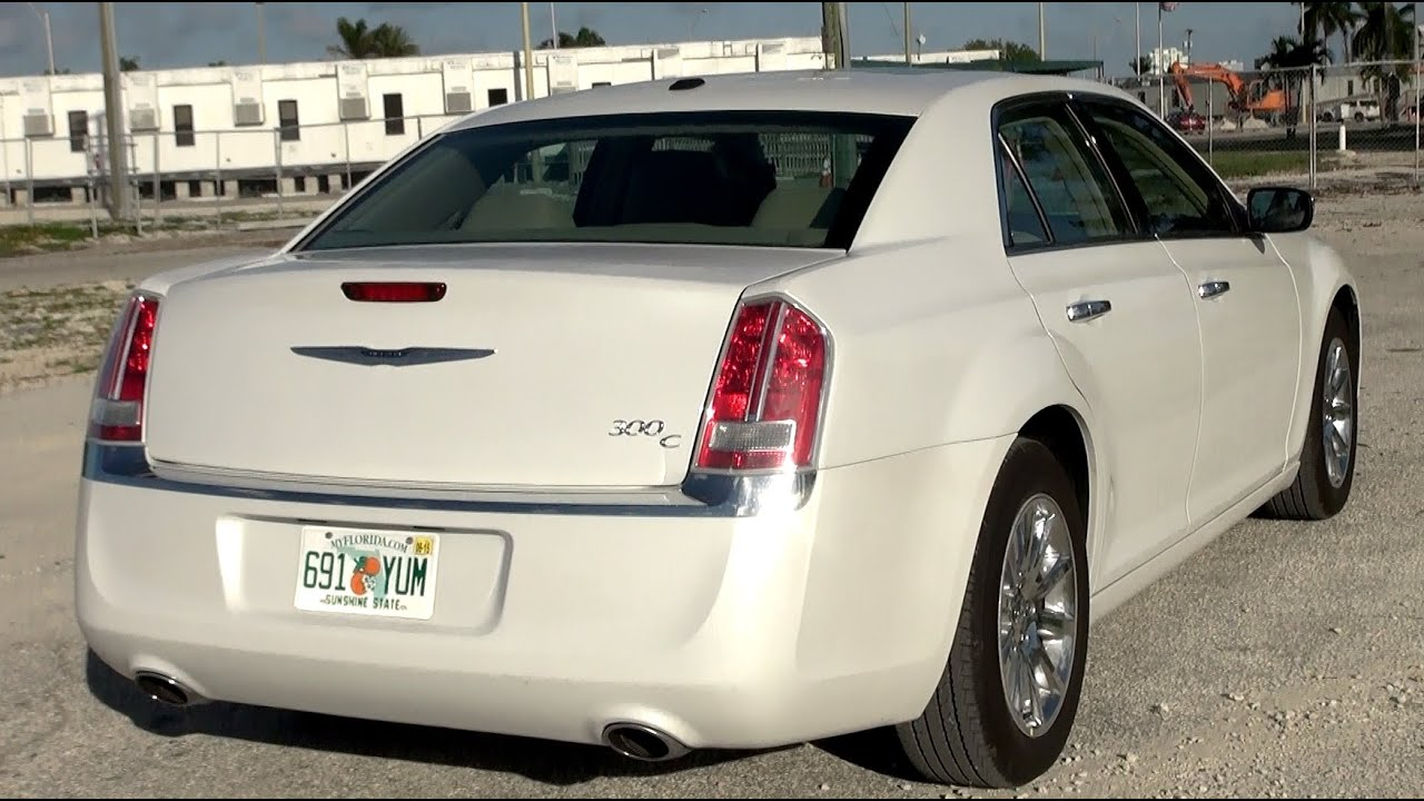 2014 chrysler 300c 5 7 v8 hemi 368 hp test drive youtube. Black Bedroom Furniture Sets. Home Design Ideas