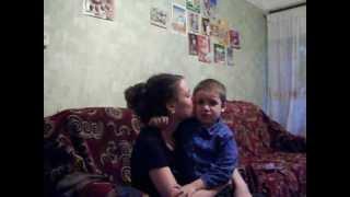 Малыш ревнует свою маму к папе.)))(, 2012-10-08T15:38:08.000Z)