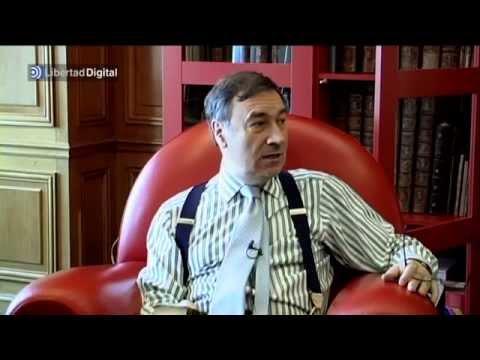 En la biblioteca de... Pedro J. Ramírez