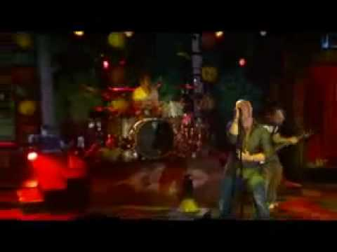 Daughtry - Crashed (Live)