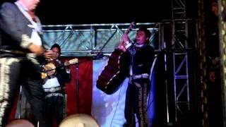 Mariachi los caporales de reyes acozac pop. leo dan