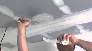 Jak opravit díry v sádrokartonu?