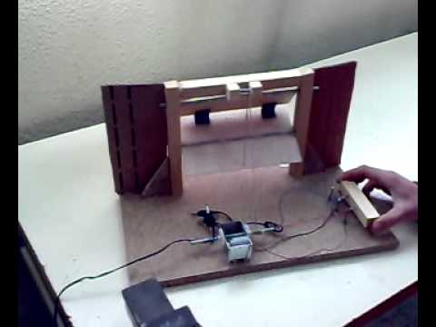 Proyecto tecnolog a puerta de garaje con motor electrico youtube - Motor de puerta de garaje ...
