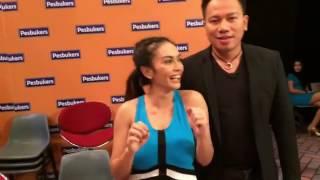 Masayu Anastasia memberi tips olahraga Muaythai