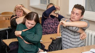 Уроки домедичної допомоги вчителям шкіл викладають госпітальєри