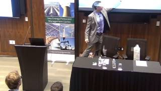 Thumbnail Michael Greenstone | The Global Energy Challenge - Keynote Speech