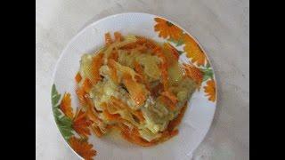 Минтай тушёный с луком и морковью. Pollock stewed with onions and carrots.