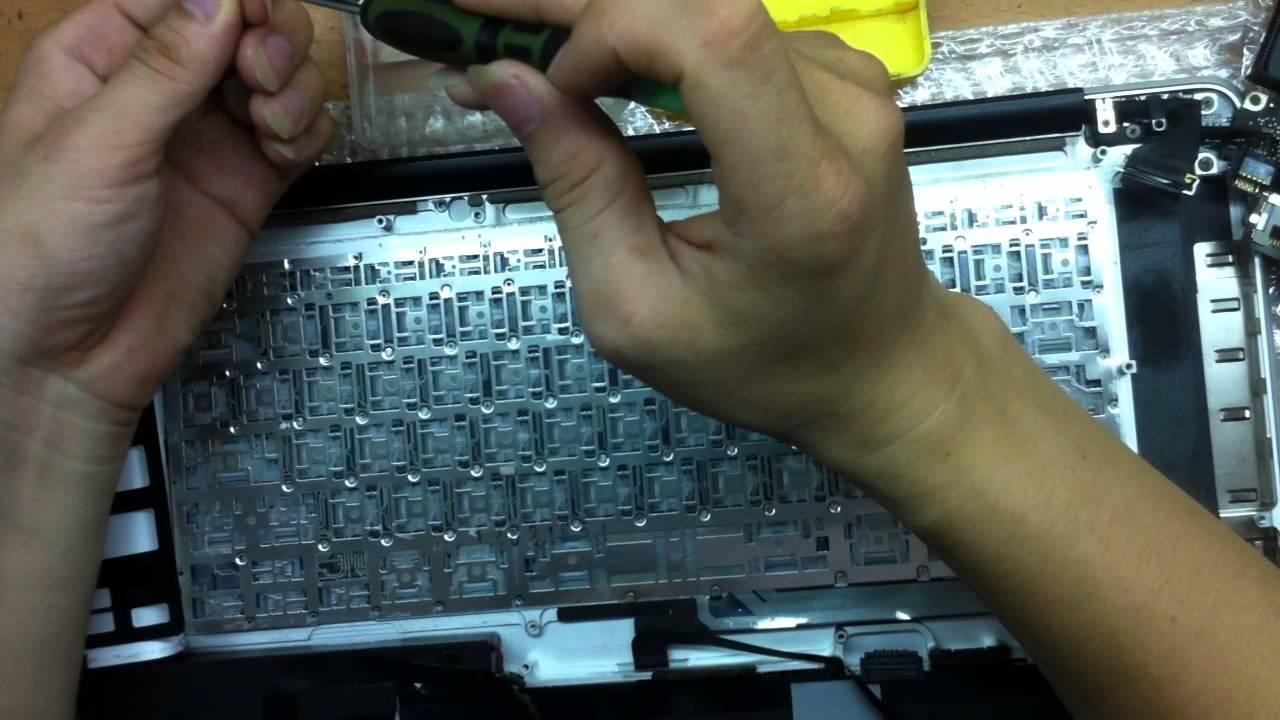 Thay Bàn Phím Macbook Pro A1286 bị liệt phím