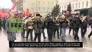 Russia: Communist Party march draws thousands on Day of the Defender of the Fatherland
