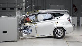 2012 Toyota Prius v driver-side small overlap IIHS crash test