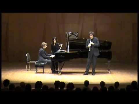 Nicolas Baldeyrou is playing Debussy live in Japan