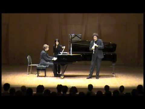 Nicolas Baldeyrou is playing Debussy live in Japan